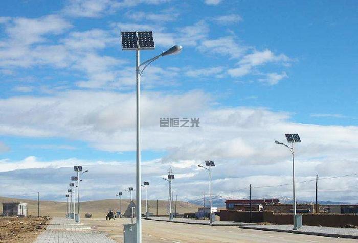3-12米太陽能燈桿1